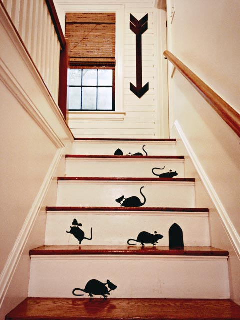 Mice-on-the-Stairs-3