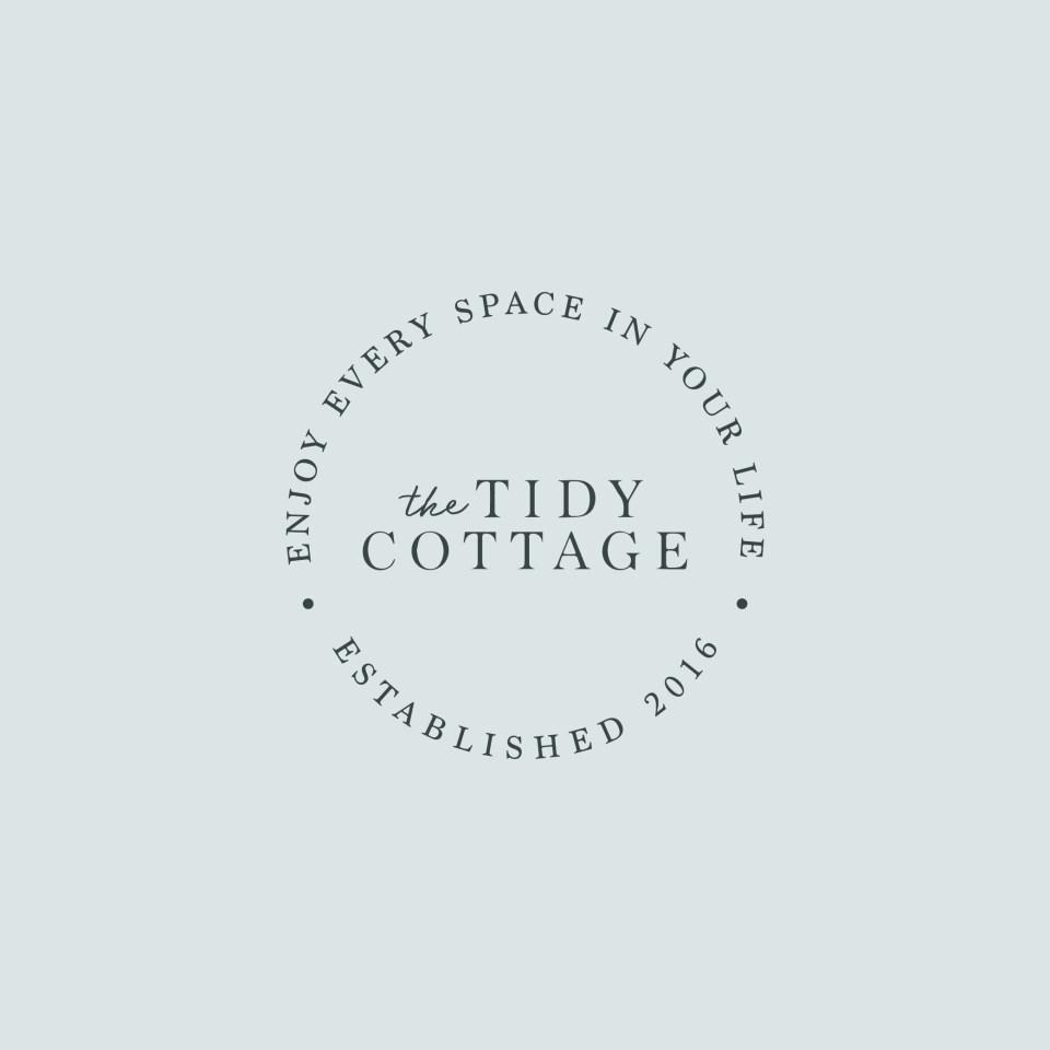 gorgeous, minimal logo design for home organizing company