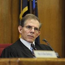 foto del juez Kirke Bartley