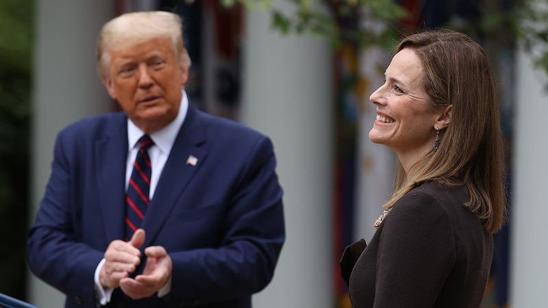 Donald Trump y la Juez Amy Coney Barrett