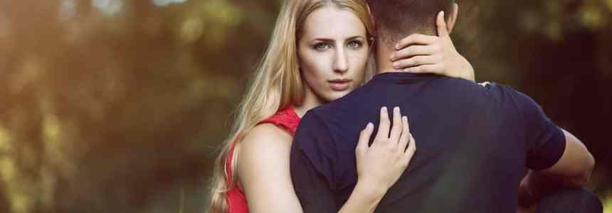 Warning Signs That You May be in a Toxic Relationship (Part 1) on @RTRLRadio