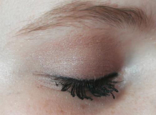 Eye look fi