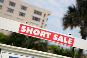 Short Sale Sign in Sacramento