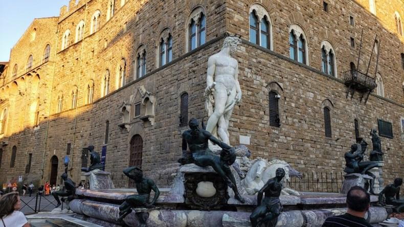 Fonte de Netuno na Piazza della Signoria