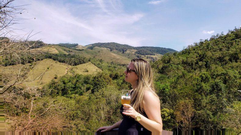 Cerveja e natureza.