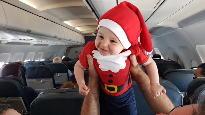 Viajar com bebês: alimentação e roteiro. viajando de avião na Argentina