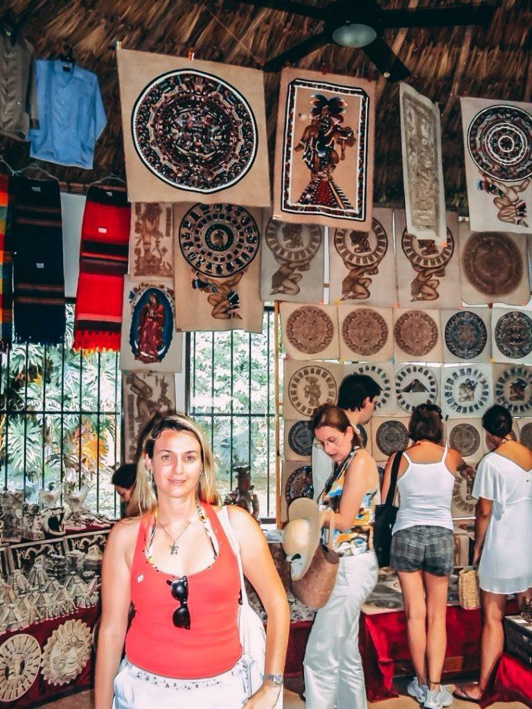 Lojinha de souvenirs na Riviera Maya