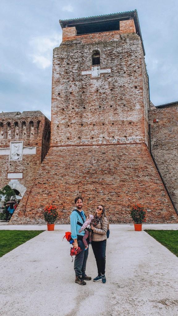 Muralhas do Castel Sismondo