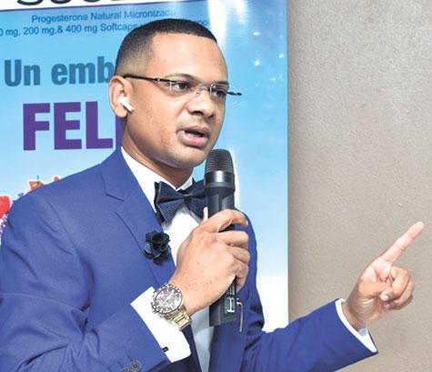 Doctor Eduard García Del Orbe, dictó suconferencia ante los miembros de la Sociedad Dominicana de Ginecología y Obstetricia Filial Nordeste.