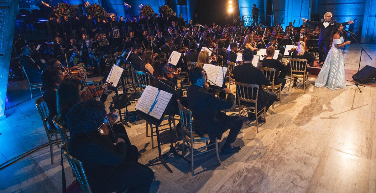 El programa musical fue ejecutado por más de 70 músicos de la Orquesta Sinfónica Nacional y 23 instrumentistas invitados.