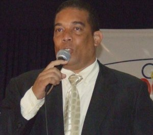 Lic. Tony Reyes Castillo