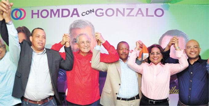 ❏ Ing. Antonio Vargas Hernández endosó su apoyo a todos los candidatos municipales del PLD y Aliados. Fotos Silvio Rosario/SFMacoris.com