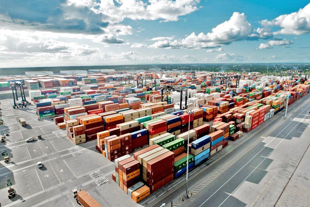 La digitalización mejorará la eficiencia y ayudará a mantener el flujo del comercio mundial.