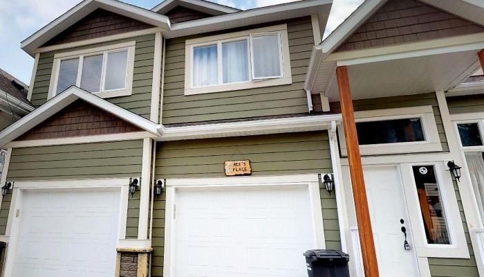 15-Dawson-Crescent $319,900