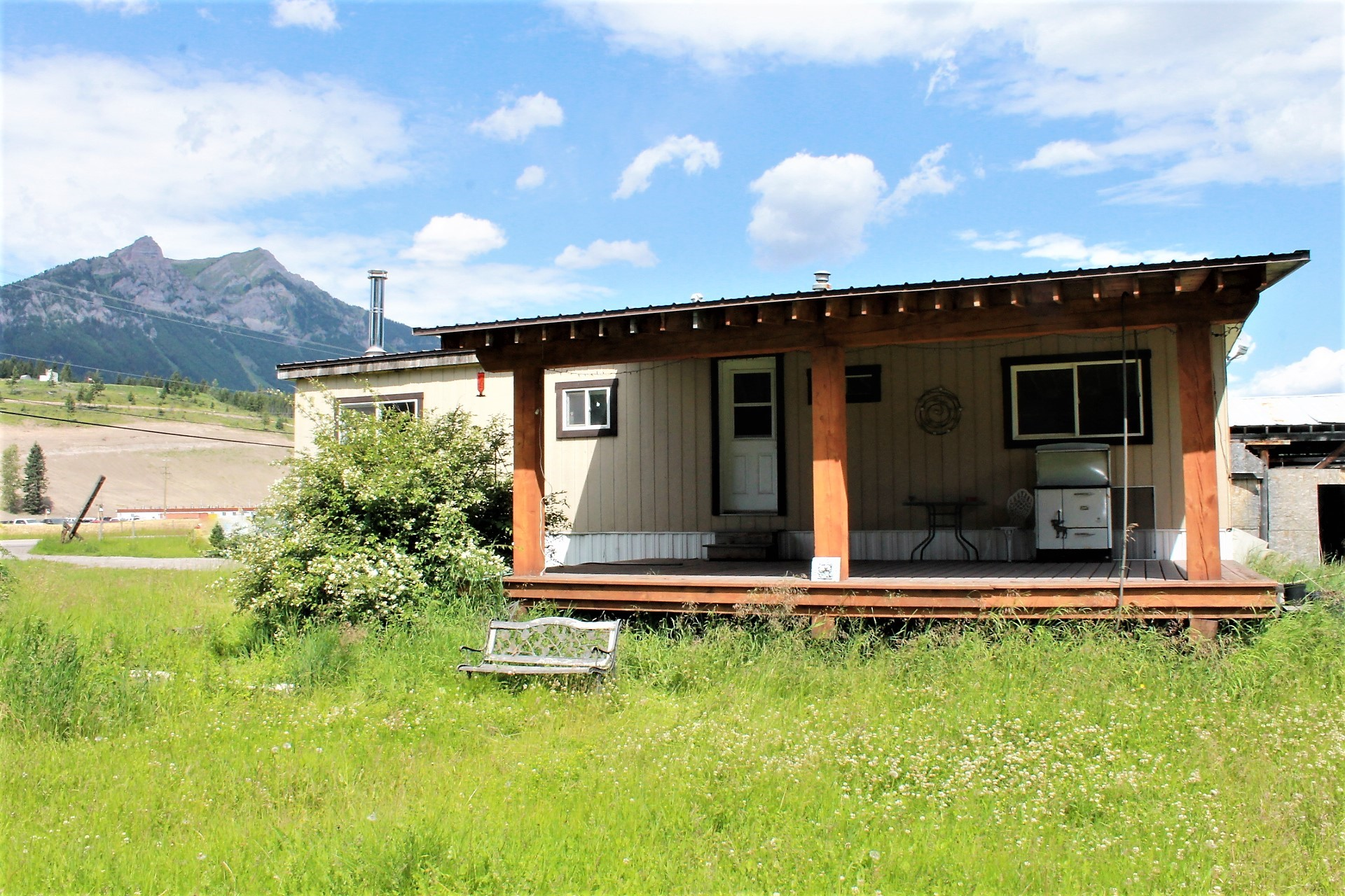1800 Elk Valley Highway S  SOLD