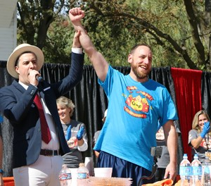 Joey Chestnut Wins World Pumpkin Pie-Eating Championship