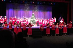 White Christmas Closing Number