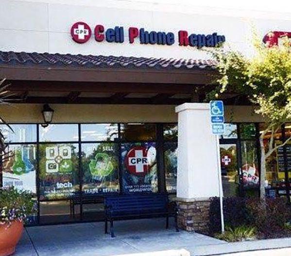 CPR Cell Phone Repair In Elk Grove Closes & Owner Will Not Honor