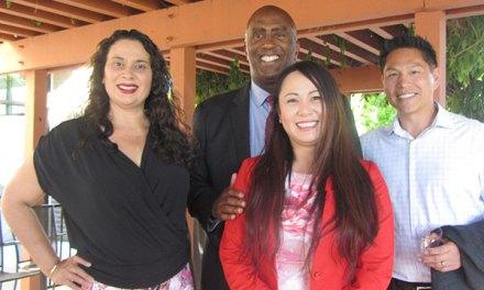 Local Community Leaders Host Meet & Greet At Ha Noi Pho