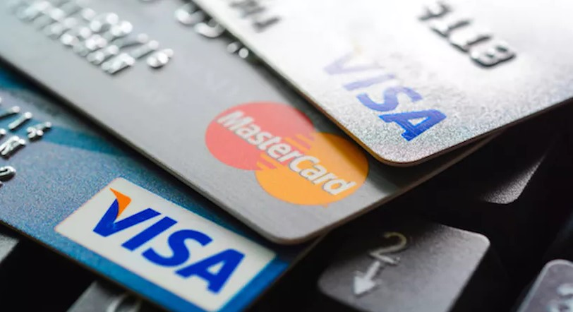 Man Arrested After Trying To Use Stolen Credit Cards