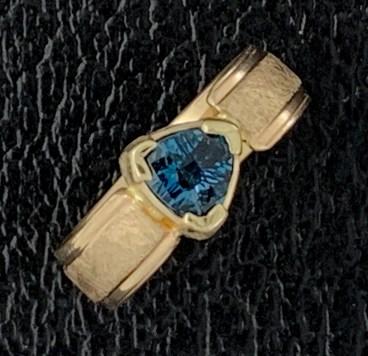 16k gold, London blue topaz