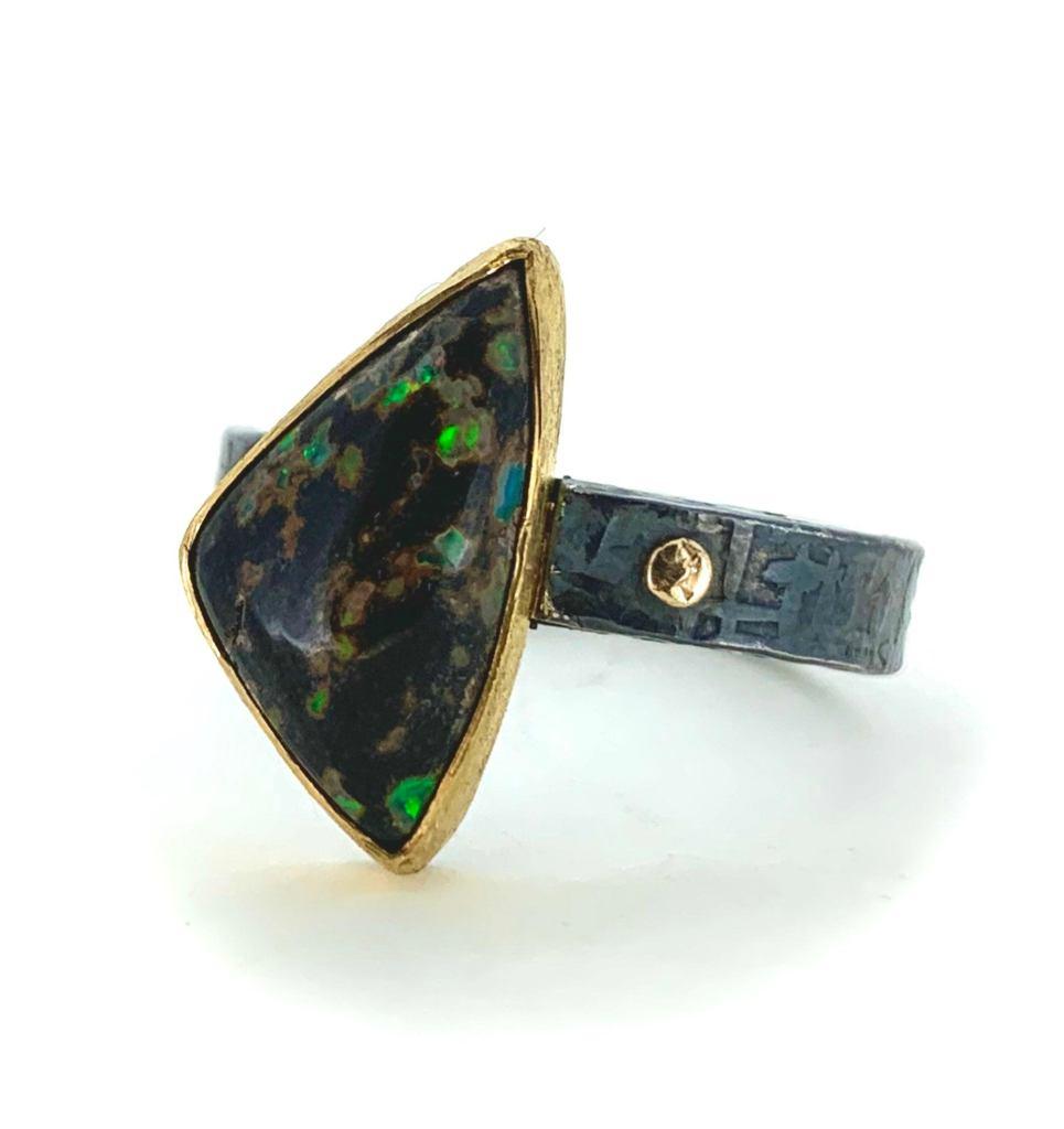 Leopard-Skin Opal