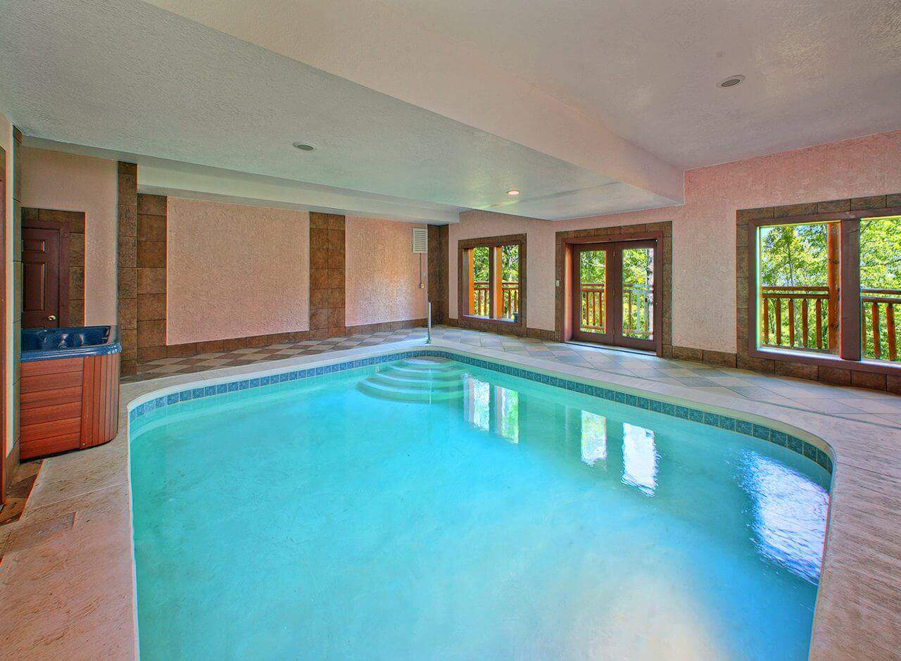 Private Indoor Heated Pool Cabin With Theater Room