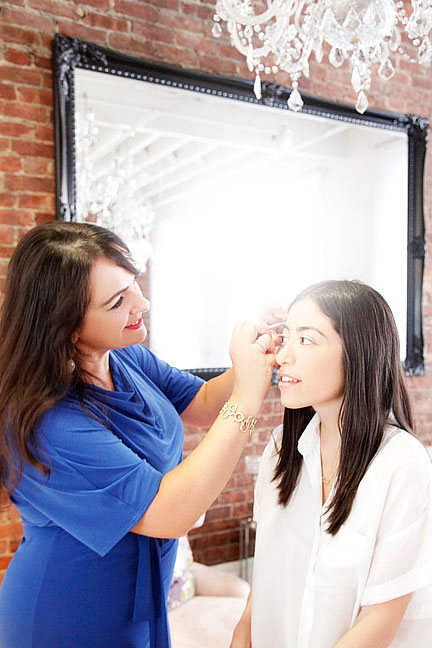 """With clients like Rihanna and several Saudi princesses, Sania Vucetaj knows a thing or two about crafting luxurious, groomed arches. """"Full eyebrows are beautiful and exotic-looking,"""" says the sought-after brow expert. For those not blessed with thickness, however, Vucetaj says having the right shape is most important: """"You can use makeup to add depth and fill in gaps."""" Here's how to use tweezers and pencil to your advantage."""