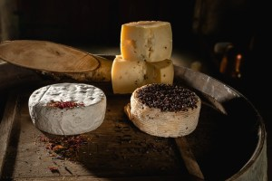 formaggio allo zafferano