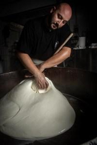 mozzarella di bufala produzione