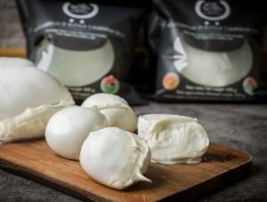 packaging mozzarella