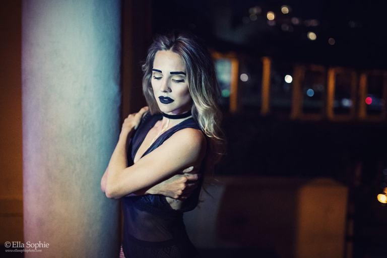 Dancer Lee Alex Meyer-Lorey standing arms crossed, black leotard, Lake Merritt Oakland. Oakland Photographer Ella Sophie