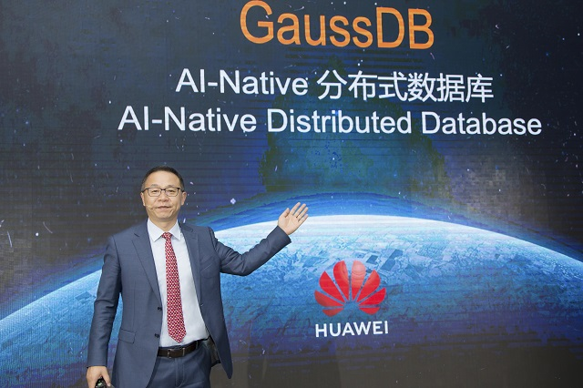 David Wang, Director Ejecutivo de la Junta de Huawei y Presidente de ICT Strategy & Marketing, lanza la base de datos AI-Native. El Latinaso Las Vegas Noticias, Entretenimiento.