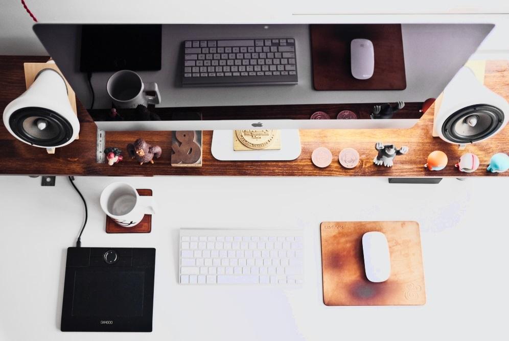 Grüße aus dem Büro | Seriösität ohne Blazer?