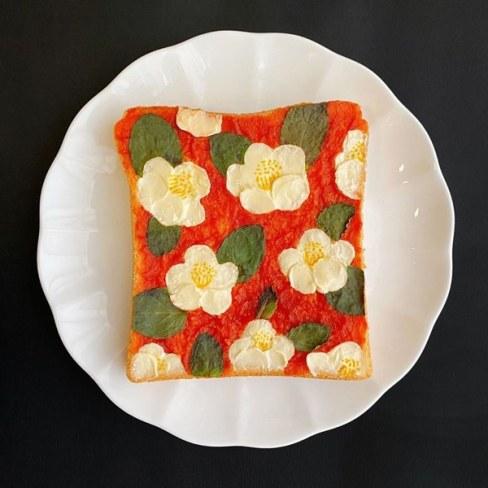 tostada artistica con flores