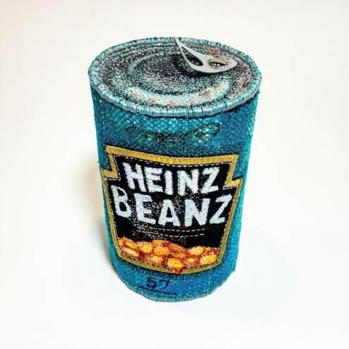 esculturas tridimensionales de Alice kozlow sobre Heinz Beans