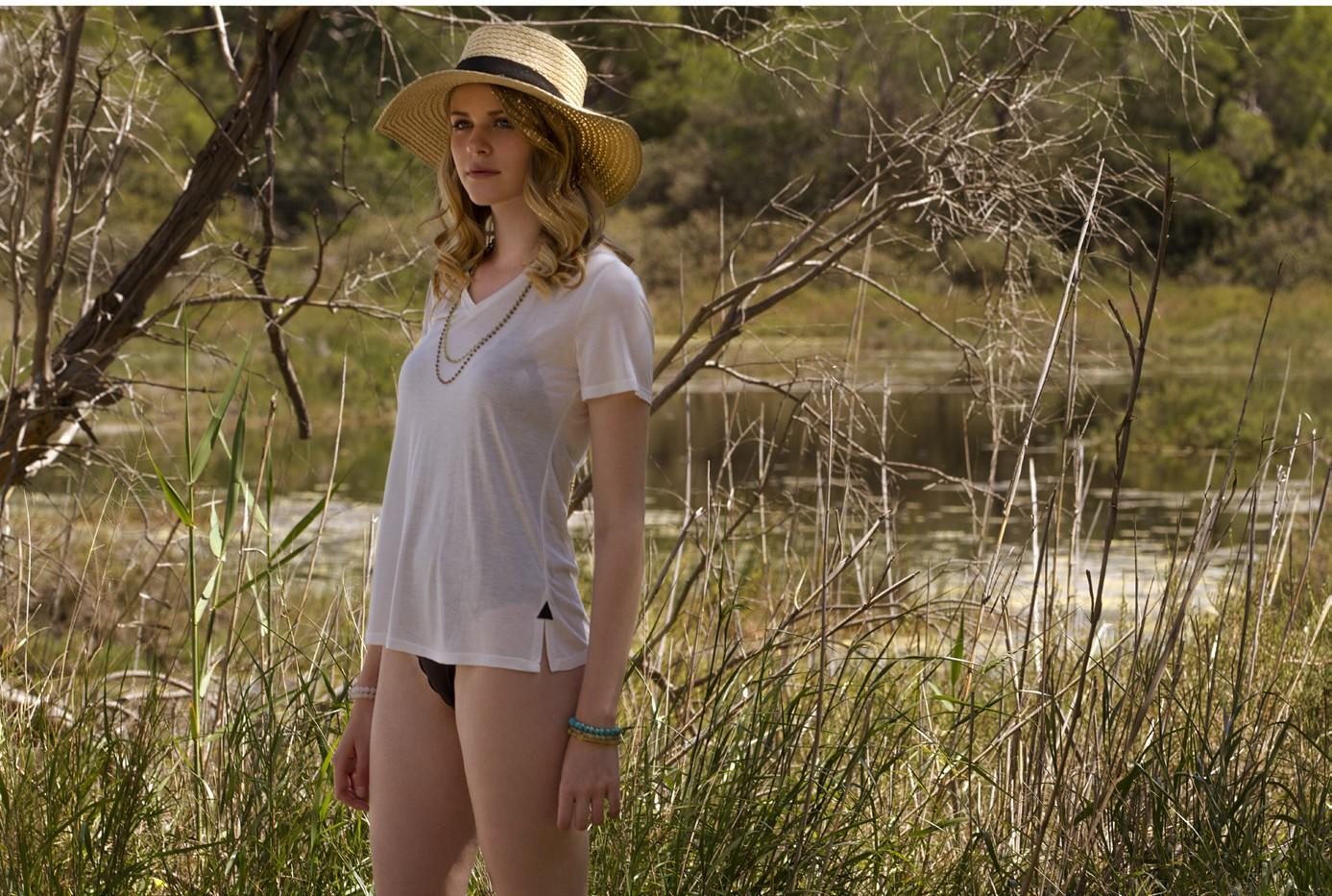 Sarina Picone: Το casual chic brand που αγαπά τη θηλυκότητα και τη φύση