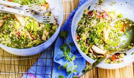 Λιβανέζικη σαλάτα: Η light και σούπερ χορταστική επιλογή Το δροσιστικό και σούπερ νόστιμο πιάτο που θα απολαύσεις.