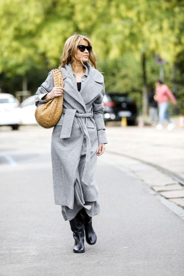 Το γκρι παλτό