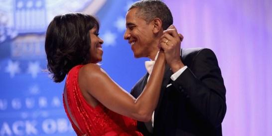 Michelle Obama: Οι συμβουλές της για μια επιτυχημένη σχέση Η πρώην Πρώτη Κυρία των ΗΠΑ μοιράστηκε τις δικές της εμπειρίες μέσα από το The Michelle Obama Podcast.