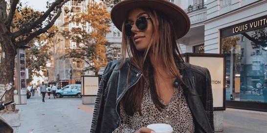 Επιτέλους σαββατοκύριακο: 7 casual look για να είσαι με διαφορά η πιο καλοντυμένη στις βόλτες σου Οι βόλτες του weekend θα μας βρουν χαλαρές, ευδιάθετες και φυσικά με άψογο στυλ.