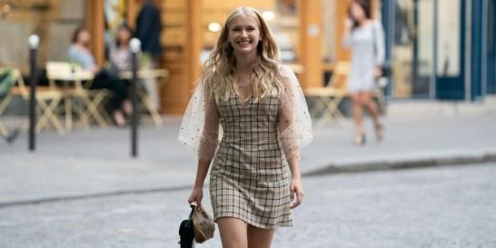 Γιατί η Camille του Emily in Paris είναι το αγαπημένο μας style icon τώρα Η Camille Razat εκφράζει όλα όσα αγαπάμε στο parisian chic style.