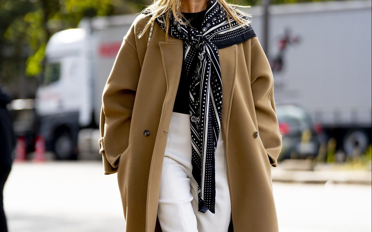 Καμηλό παλτό: Γιατί να επενδύσεις στο πιο κομψό πανωφόρι;