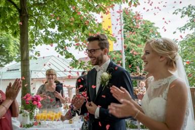 Hochzeit Sektempfang Gratulation
