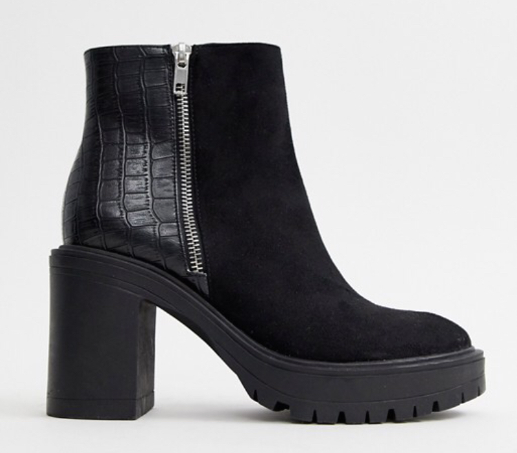 Newlook, Mixed Material Chunky Heeled Boots In Black. Sizes UK 3 - 9. £29.99
