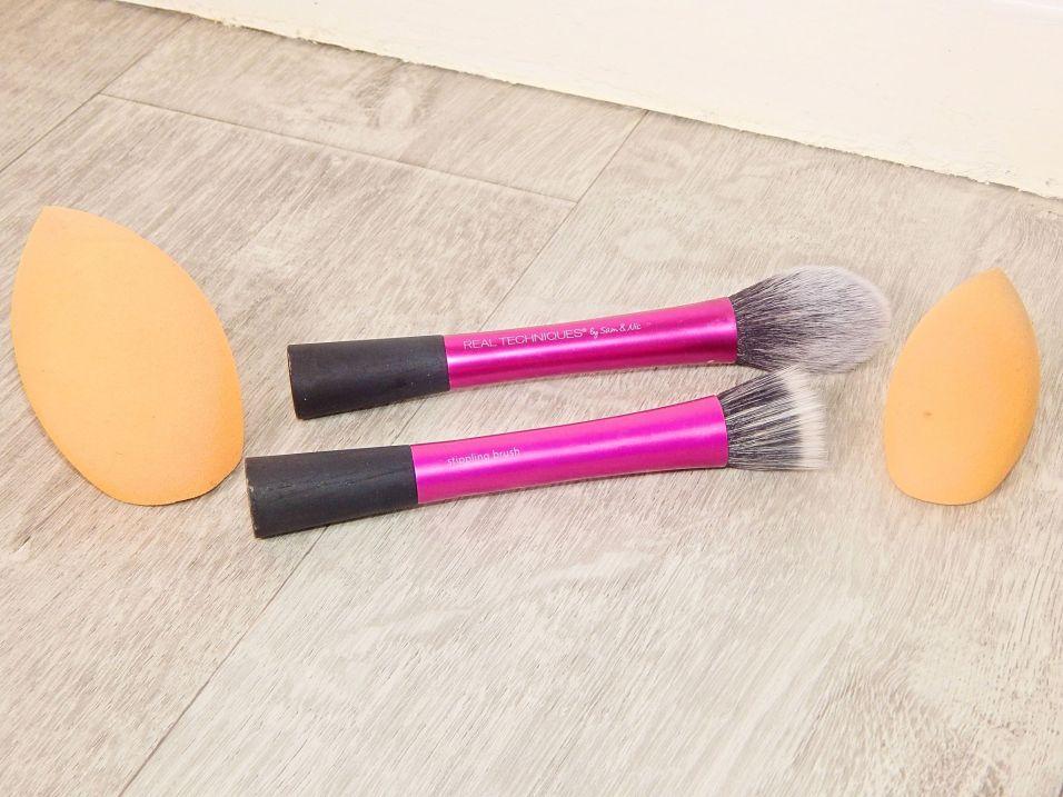 brushes 9