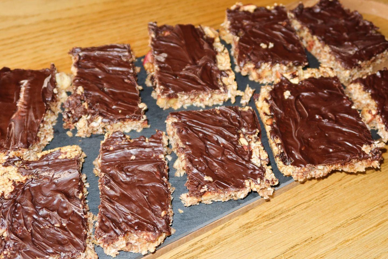 Healthy Vegan Chocolate Flapjack Recipe!