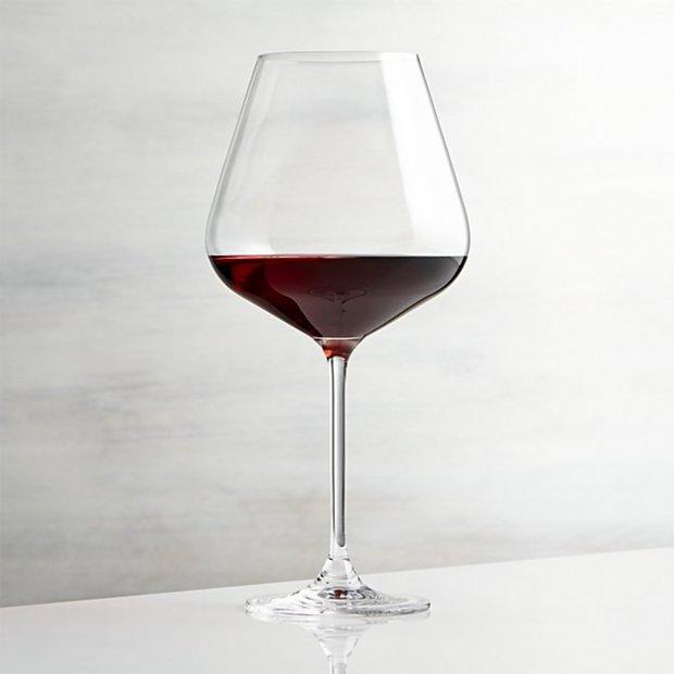 hip-red-wine-glass