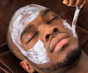 facial-Men-Ellemes-Medical-Spa