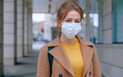 woman wearing face mask maskne mask acne